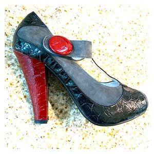 Naughty Monkey rockabilly heels Sz 8 Retro T-strap